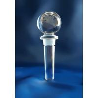Wine bottle stopper in crystal.