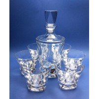 Whiskey decanter set with 6 glasses. Modern decoration.